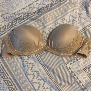 Victoria Secret Strapless bra